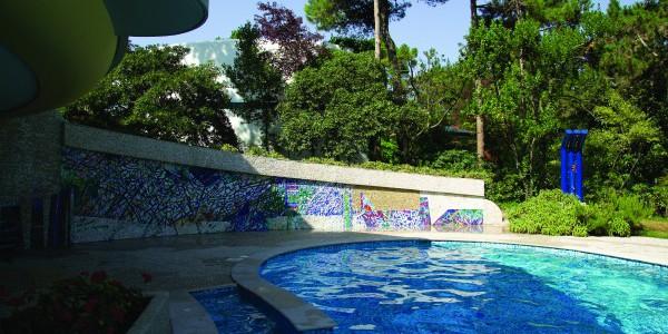 Wand-und Bodenmosaike
